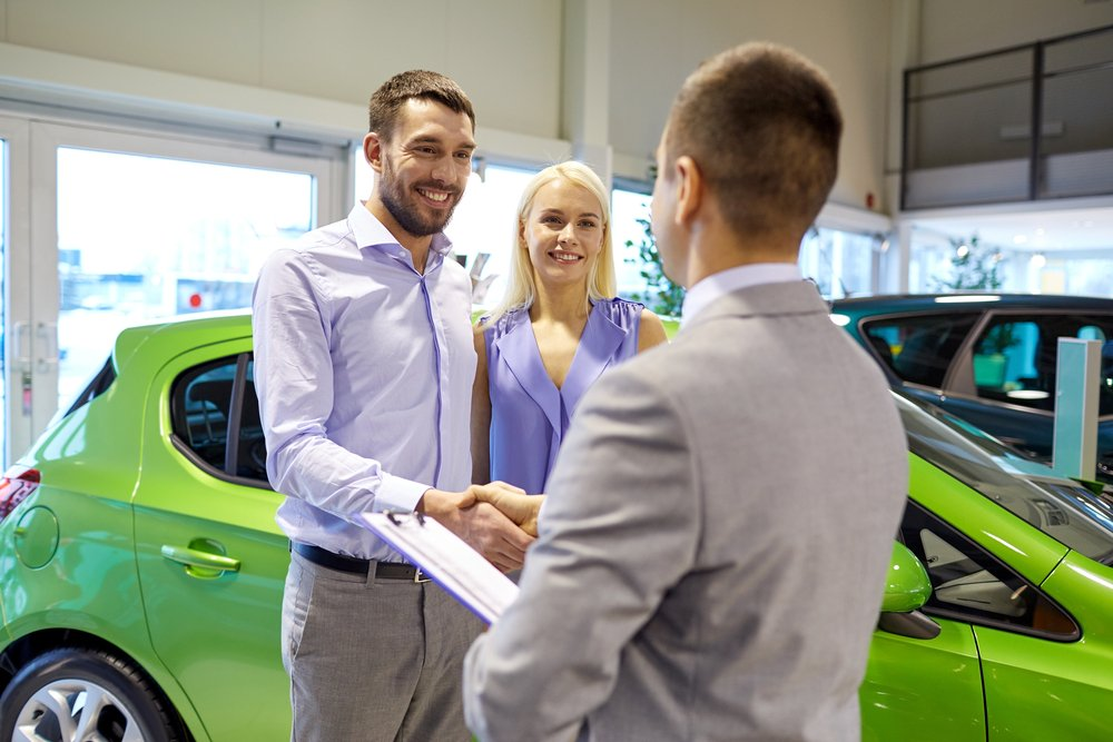 Couple happy that Consumer Car Loan is Approved